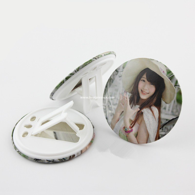 158MM Badge Pin Photo Frame